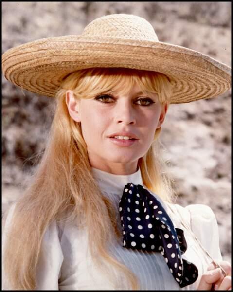 La lavallière par Brigitte Bardot