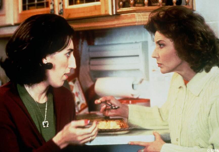 Rossy de Palma et Marisa Paredes dans La fleur de mon secret en 1995