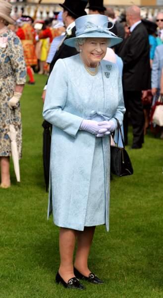 Les 50 nuances de bleu d'Elizabeth II