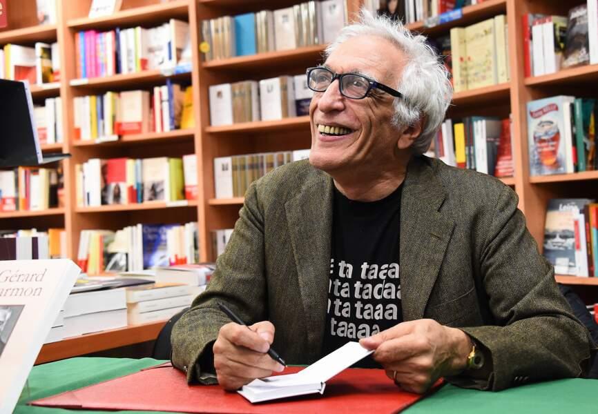 Gérard Darmon en séance de dédicace