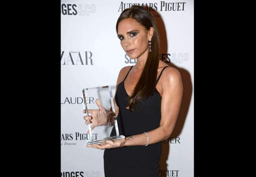 La styliste fière de son Harper's Bazaar Women of the Year Award
