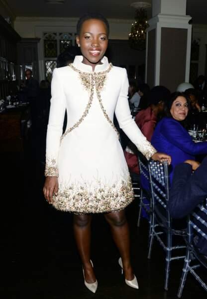 Lupita, sublime en total-look Chanel éthéré