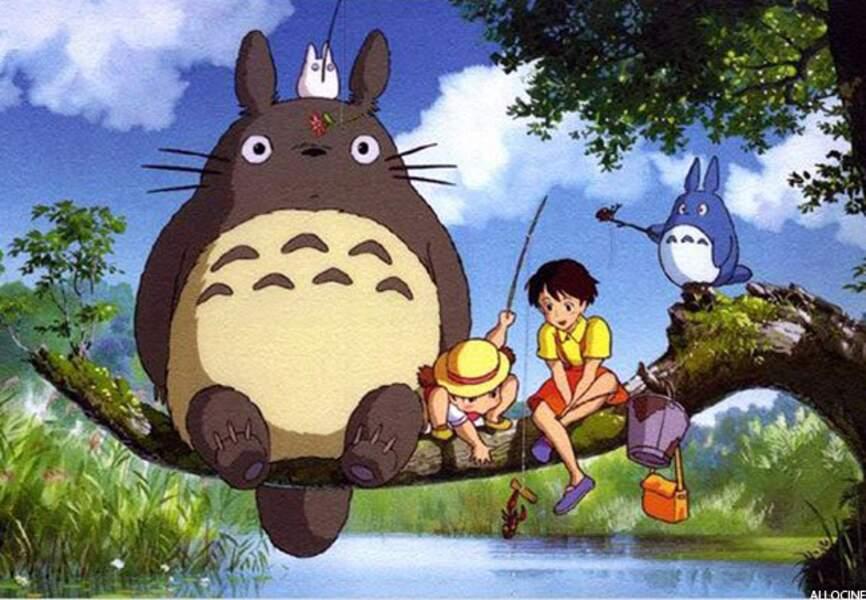 Mon voisin Totoro (produit en 1988, sorti en 2002)