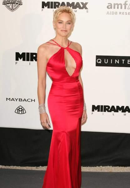 Sharon Stone au gala de l'amfAR en 2004