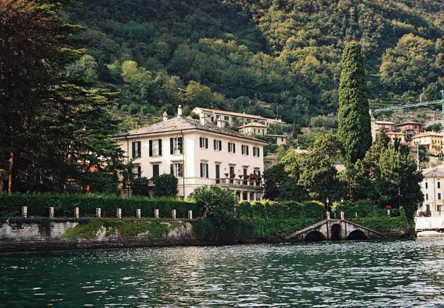 George Clooney aime passer ses vacances en Italie dans sa maison qui longe le lac de Côme