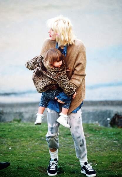 A deux ans avec sa maman.
