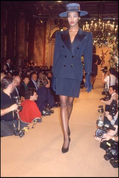 Défilé Yves Saint Laurent, printemps-été 1988