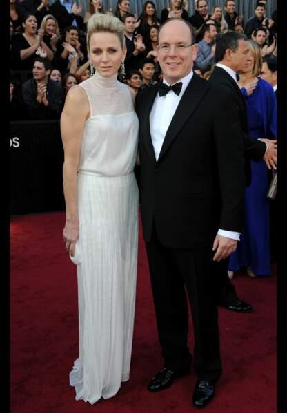 Ultraglamour en blanc immaculé pour les Oscars en février 2012