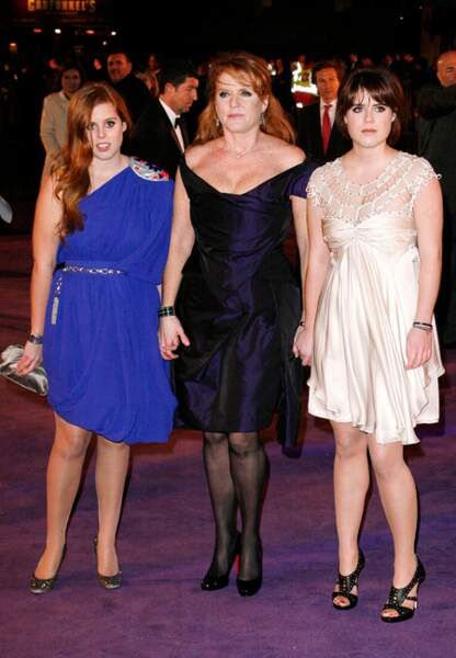 En mars 2009 mère et filles paradent sur red-carpet pour l'avant-première de The Young Victoria