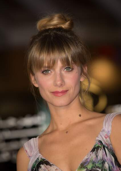 Mélanie Laurent mise sur un beauty look vintage
