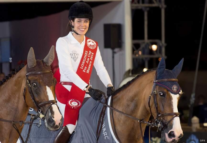 Radieuse, Charlotte Casiraghi a remporté la compétition pro-am ce vendredi