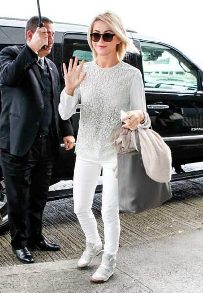 Julianne Hough avec ses Ash Alex Bis beiges
