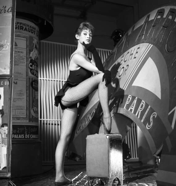 Brigitte Bardot adorable démocratise la ballerine à l'aube des fifties