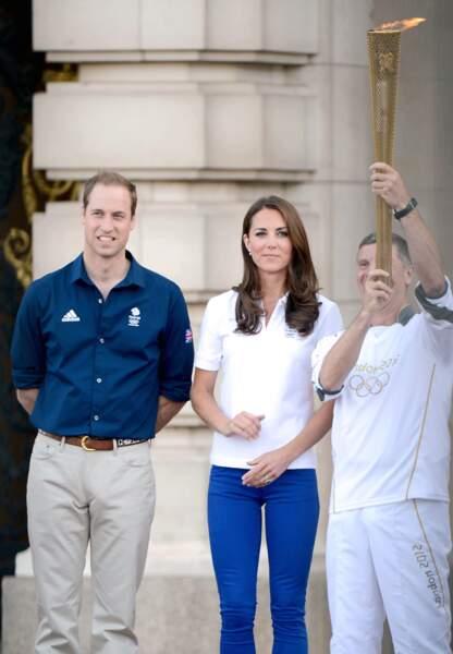 Lors des JO de Londres, en août 2012, Kate a aussi eu le privilège d'accueillir la flamme olympique