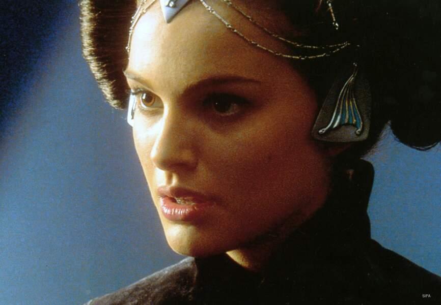 La belle connaît ensuite la gloire avec son rôle de Padmé dans la saga Star Wars