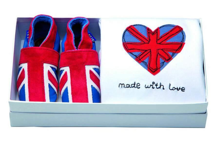 Un coffret patriotique composé d'un body en coton et de chaussons en cuir, Annabel James, 42€