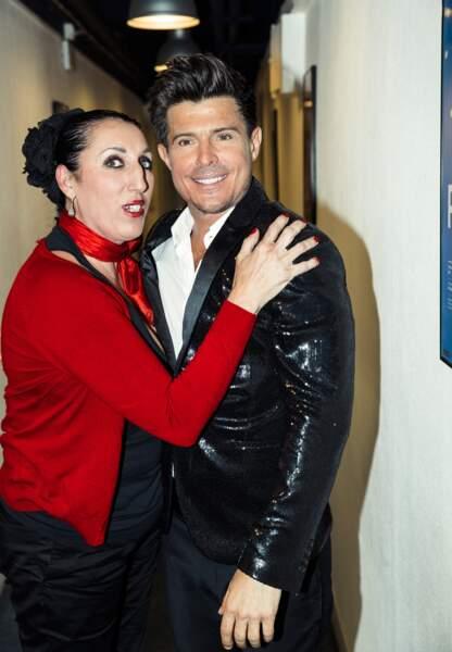 A la fin du concert, Vincent Niclo et l'actrice Rossy De Palma. L'espagnole a chanté sur scène dans la soirée