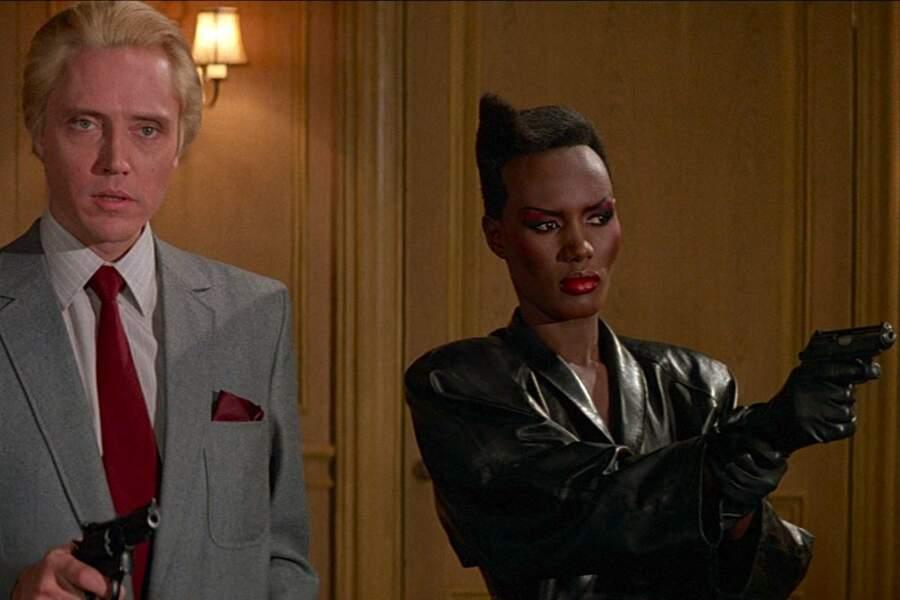 Grace Jones en May Day dans Dangereusement vôtre de John Glen. (1985)