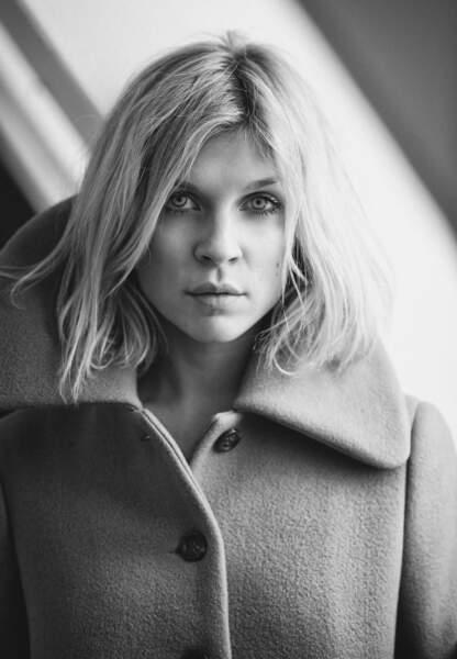 Clémence Poésy et son manteau en laine