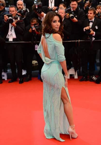 Eva Longoria, sublime lors de la montée des marches du film Jimmy P. au festival de Cannes