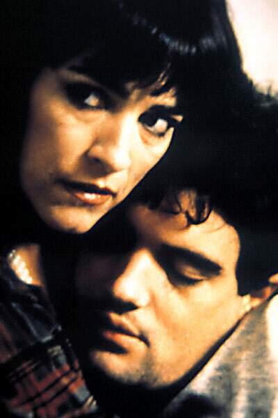 Carmen Maura et Antonio Banderas dans Matador, en 1985
