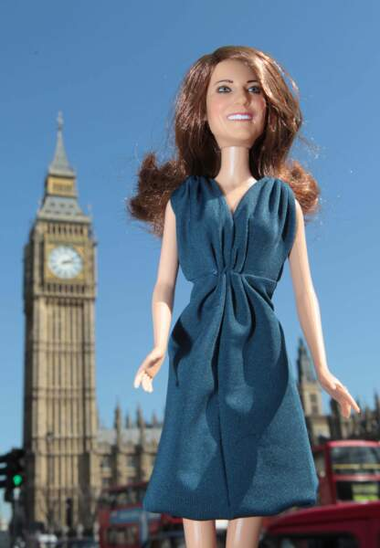 La jeune femme est si populaire qu'elle a même une poupée à son effigie...