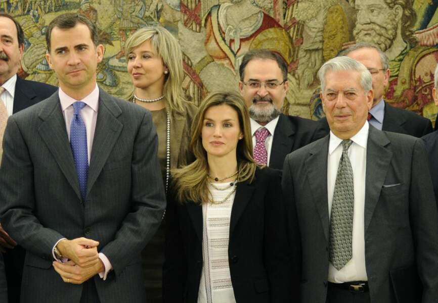 Mario Vargas Llosa avec le couple royal espagnol
