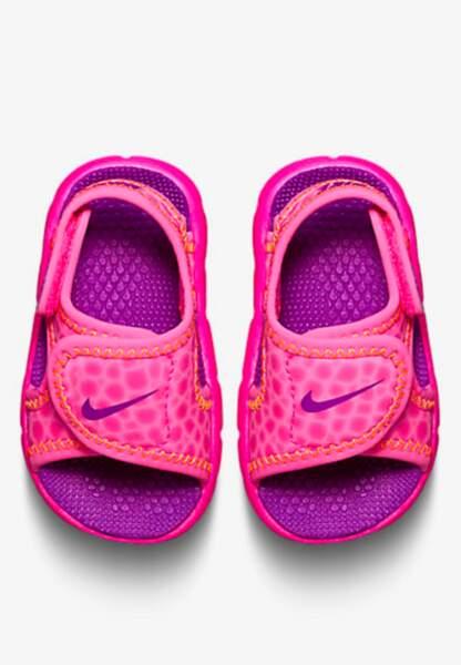 Nike, sandales fille du 17 au 27, 17,99€