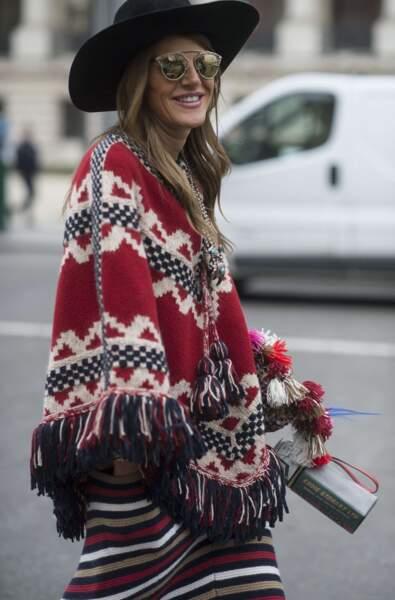 Anna Dello Russo en mars 2015 dans les rues de Paris