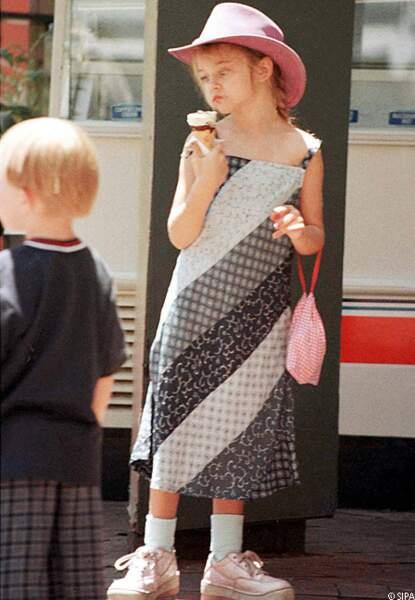 Frances Bean à 6 ans