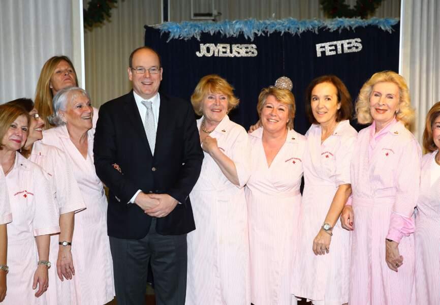 Le personnel de Cap Fleuri a félicité le prince pour la naissance des jumeaux
