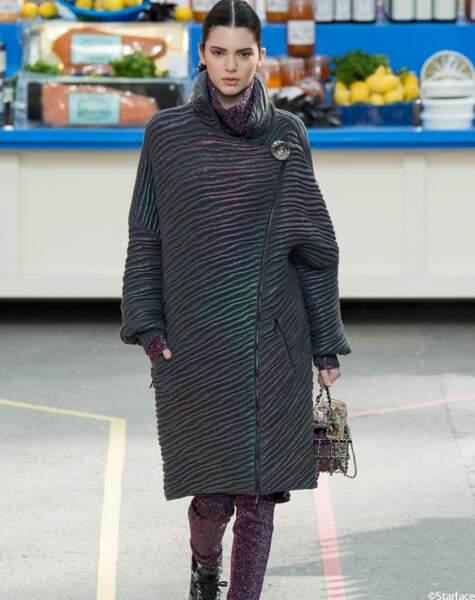 Elle défile pour l'un des plus grands: Karl Lagerfeld