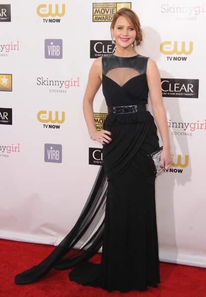 Jennifer Lawrence, sublime en noir Prabal Gurung