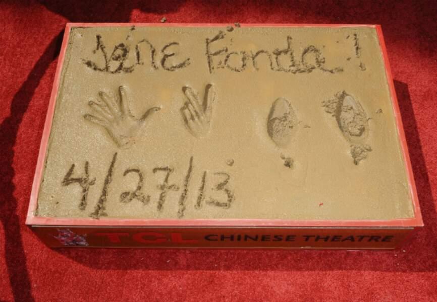 Les empreintes des pieds et des mains de Jane Fonda