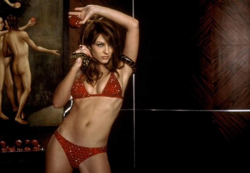 Elizabeth Hurley en diable plus sexy que jamais dans Endiablé de Harold Ramis. (2000)