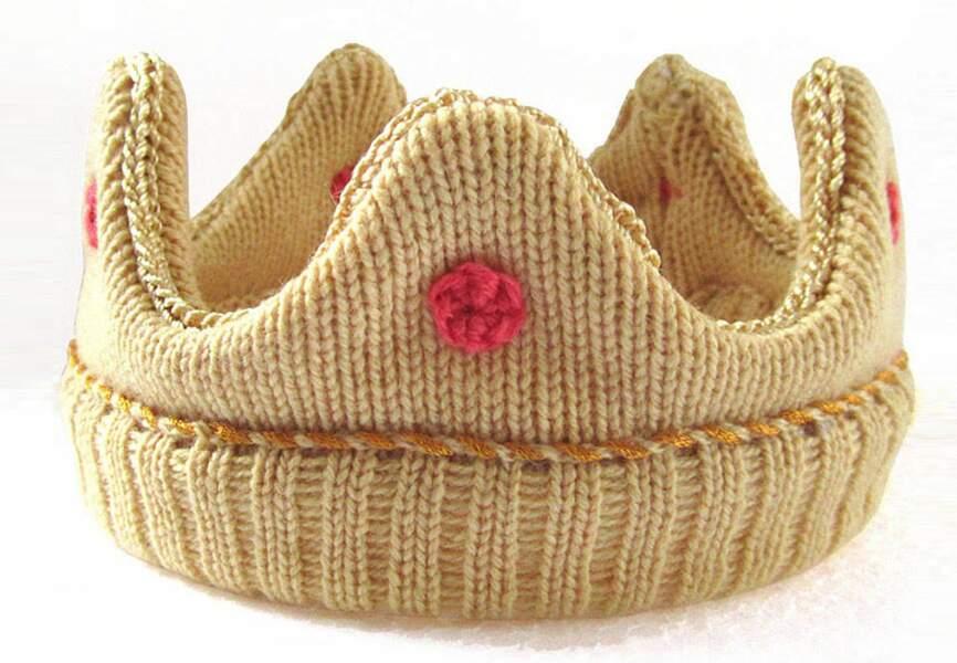 Un couvre-chef adapté. The Miniature Knit Shop, 64,56€