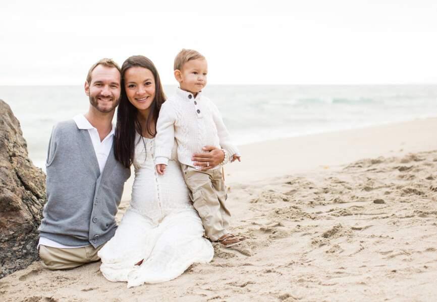 Nick Vujicic, sa femme et son fils, Kanae et Kiyoshi