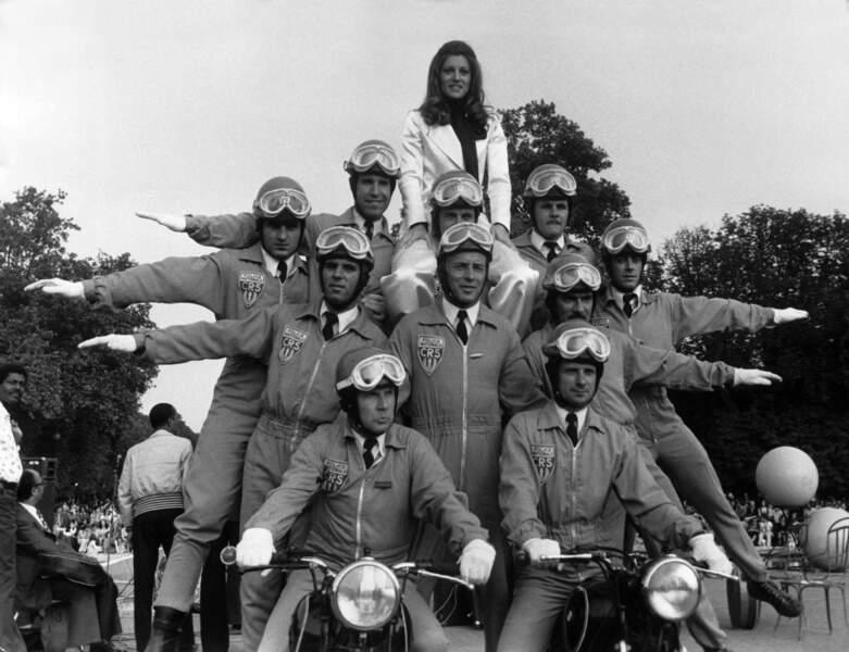 SHEILA AVEC LA POLICE EN 1975