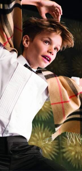 Romeo Beckham nouveau Billy Elliot pour Burberry