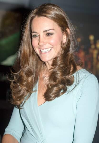 Après ses épisodes de violentes nausées, la duchesse retrouve le sourire