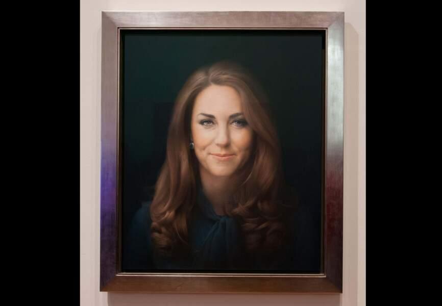 Son premier portrait officiel, exposé à la National Portrait Gallery