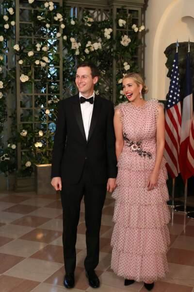Ivanka Trump irradie en robe Rodarte le 24 avril en l'honneur d'Emmanuel et Brigitte Macron