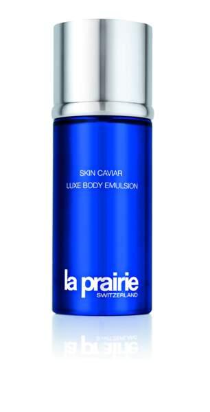 La Prairie offre aussi des trésors d'actifs régénérants pour prendre soin de son corps : Luxe Body Emulsion.