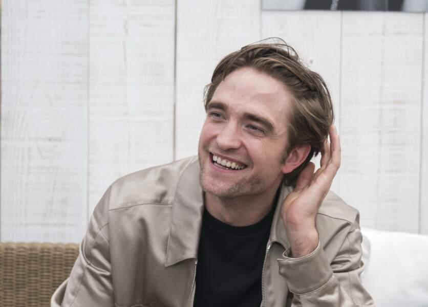 Robert Pattinson, en bombers Dior, lors du 72ème Festival International du Film de Cannes, France, le 19 mai 2019