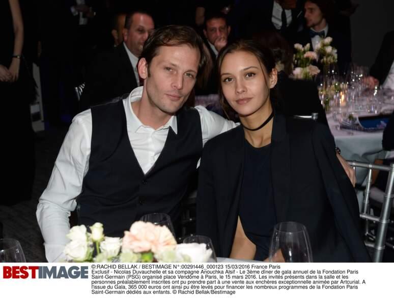 Nicolas Duvauchelle et sa compagne