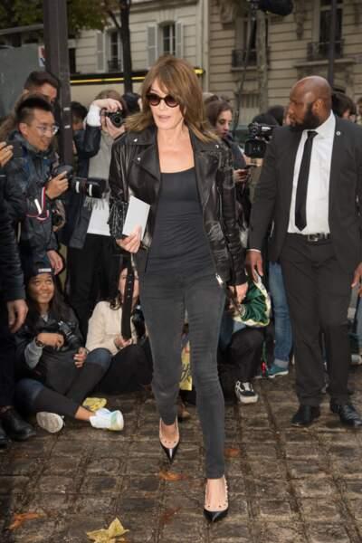 Carla Bruni-Sarkozy le 1er octobre à Paris