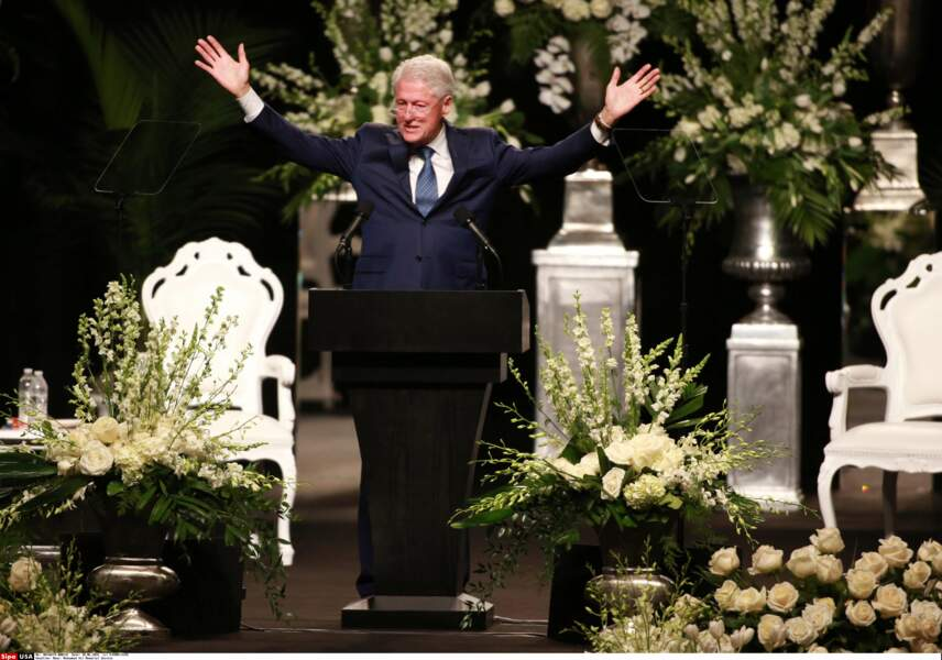 En l'absence de Barack Obama c'est l'ancien président Bill Clinton qui a rendu hommage à Mohamed Ali