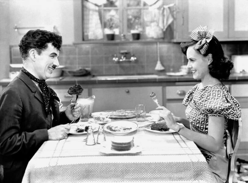 Charlie Chapin et Paulette Goddard (1935)