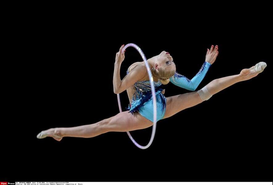 La Française Kseniya Moustafaeva fait l'unanimité en justaucorps