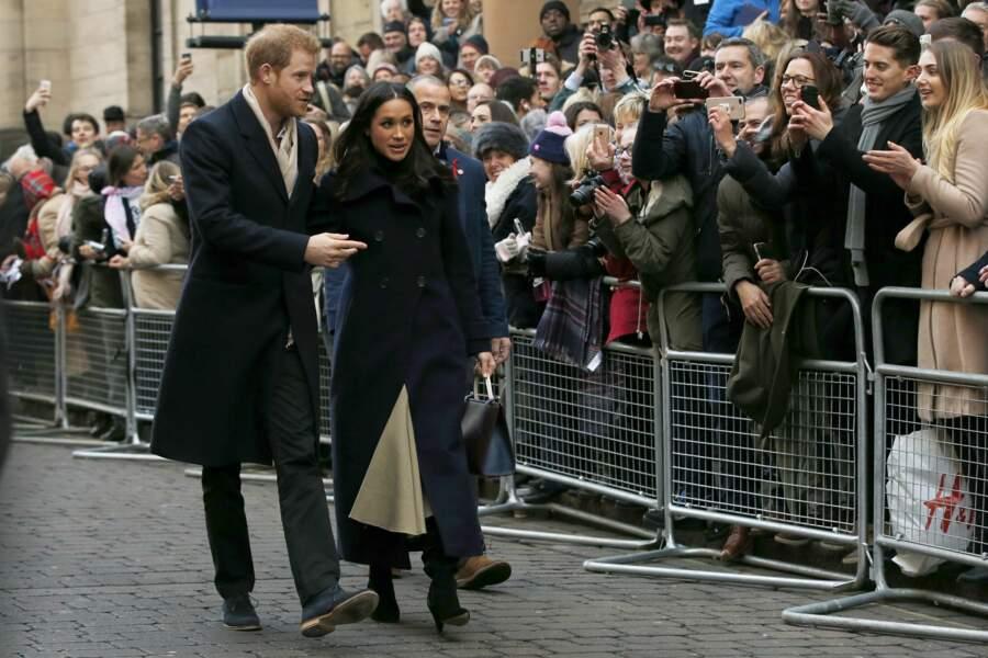 Le prince Harry et Meghan Markle semblent très amoureux